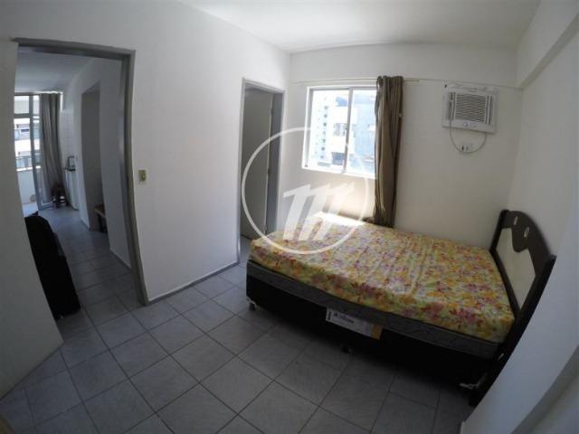 Apartamento aconchegante com 66 m², quarto e sala, 01 vaga na Ponta Verde. REF: A1086 - Foto 4