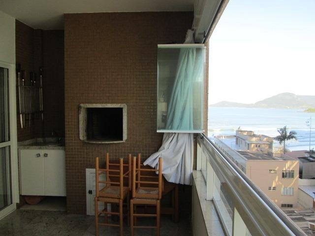 Temporada, Quadra do Mar, 4 dormitórios, 3 vagas, Climatizado em BC!