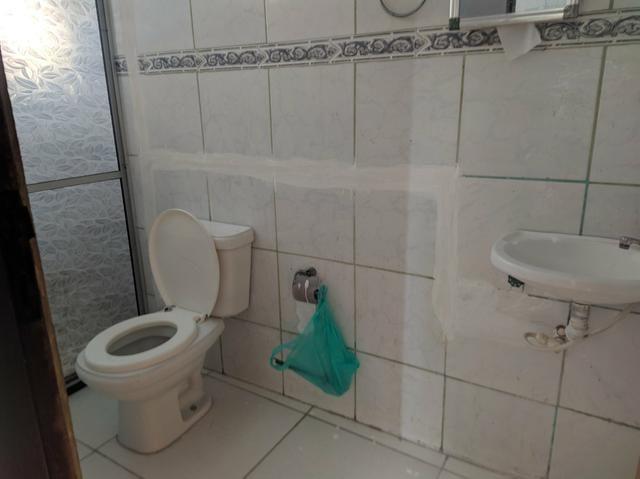 Aluga-se casa no tancredo neves (2° andar) - 400 reais - Foto 5