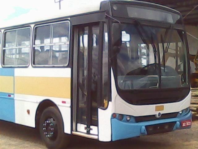 Ônibus Caio Apache 2001