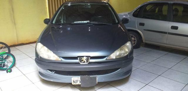 Vendo Peugeot 1.0precisar arrumar a chave de ceta - Foto 11