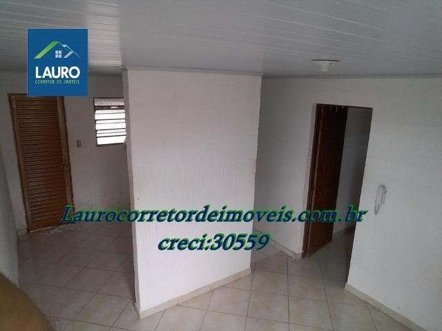 Área com 02 casas construídas, área do terreno com 220 m² no Bairro Funcionários - Foto 10