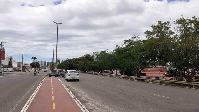 Alugue Terreno com 1314m² na Av. Tancredo Neves - Foto 4