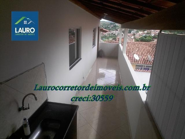 Área com 02 casas construídas, área do terreno com 220 m² no Bairro Funcionários - Foto 3