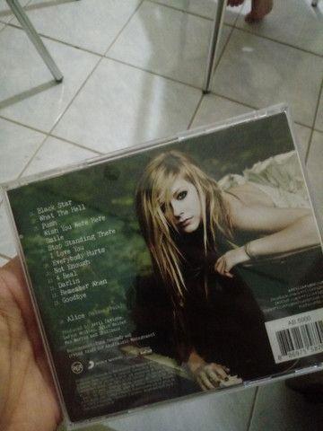 CD AVRIL LAVIGNE - GOODBYE LULLABYE - Foto 2