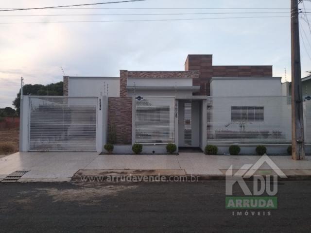 Casa à venda, 6 quartos, 2 suítes, 1 vaga, Castelandia - Primavera do Leste/MT