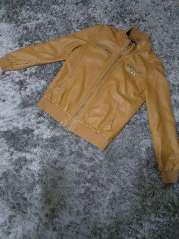 Jaqueta masculina de couro sintético marca TNG