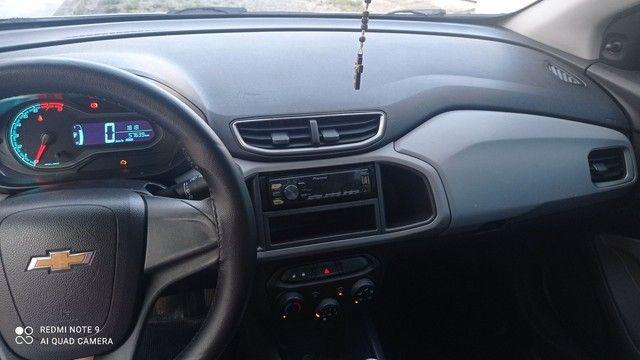 onix 1.0 ano Lt 2016 o carro e extra , nao tem nenhum defeito de nada .  - Foto 5