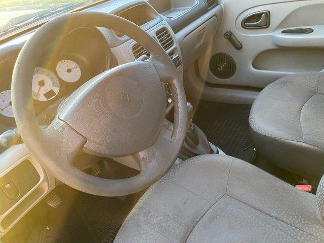 Renault Clio HATCH  1.0 16v.Flex 4p manual  Ano 2009 modelo 2010 Gasolina e álcool  preto  - Foto 9