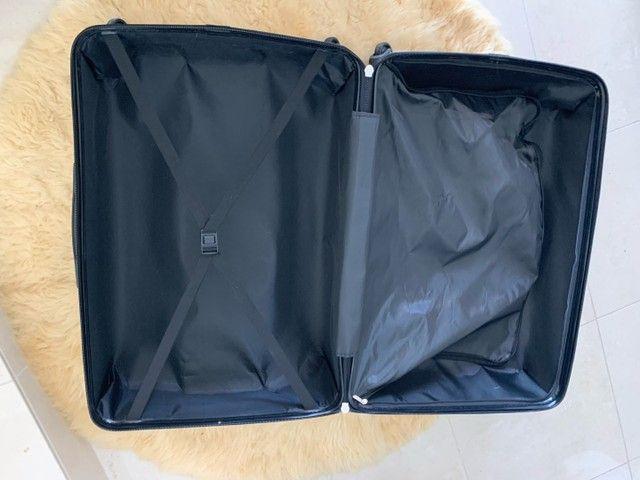 Jogo de malas Konos com um troley de cabine e uma mala grande. Usada somente uma vez. - Foto 4