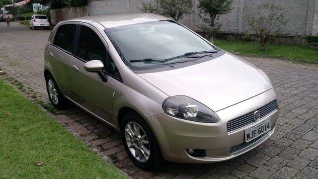 Fiat Punto Attractive 1.4 2012 - Foto 7