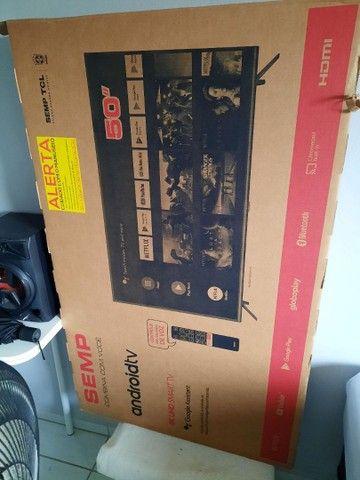 Troco ou vendo por PC game ou Notebook bom TV 50 4k smart inteligente Top  3meses de uso  - Foto 2