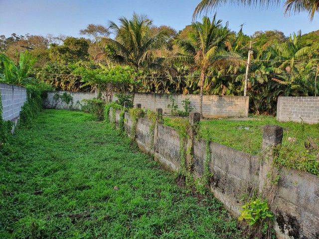 Lote de esquina murado escriturado 450m² em Perocão  - Foto 15