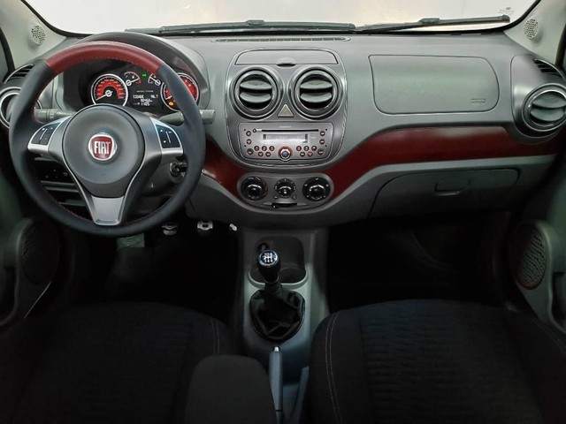 Fiat Palio 1.6 Sporting 2015<br><br> - Foto 6