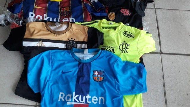 camisas de times  nacionais e  europeias - Foto 2