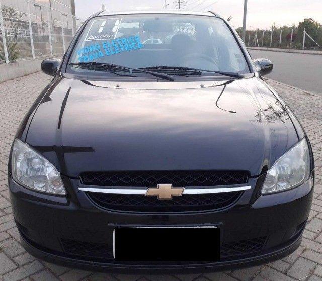 Carro Chevrolet Classic Sedan vhce 2011 preto, ipva pago 2021 - Foto 2