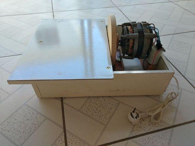 Lixadeira  de bancada - Foto 6