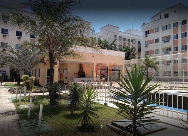 Apartamento com 2 dormitórios para alugar, 47 m² por R$ 900,00/mês - Maraponga - Fortaleza