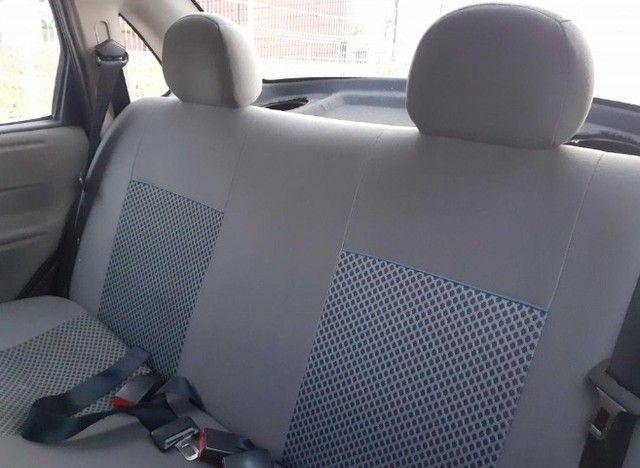 Carro Chevrolet Classic Sedan vhce 2011 preto, ipva pago 2021 - Foto 13