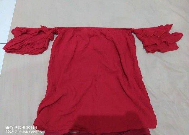 Vendo ou troco blusas - Foto 4