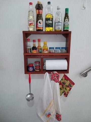 Porta Xícaras e porta temperos em madeira - Foto 2