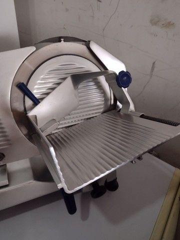 Fatiador de frios gural lâmina 33 semi automático - Foto 3