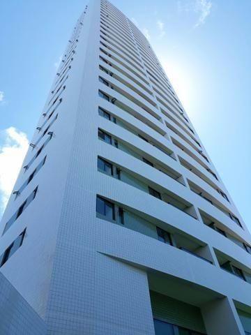 Apartamento com 03 quartos + dependência e 02 vagas no Rosarinho