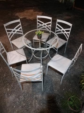 Mesas e cadeiras para festa!!!