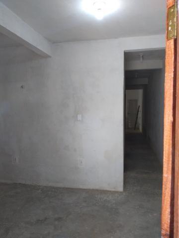 Vendo uma casa com 2/4 sendo uma suíte no parque São Cristóvão - Foto 4