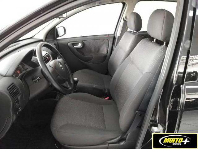 Chevrolet Corsa Hatch PREMIUM - Foto 6