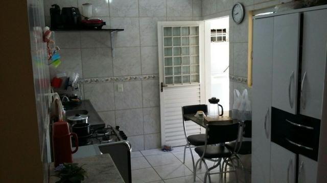 Vendo otima casa condominio fechado chac 499 arniqueiras - Foto 16