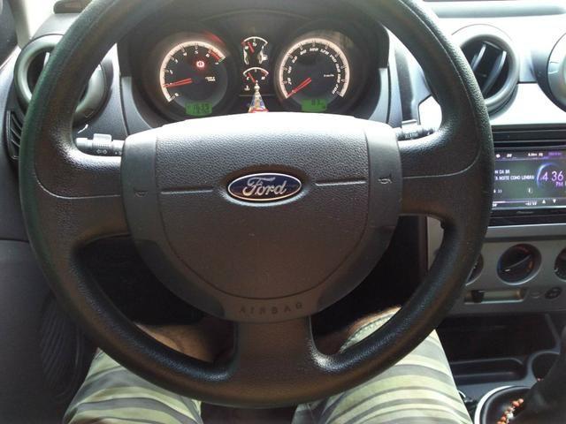 Ford fiesta sedã - Foto 6