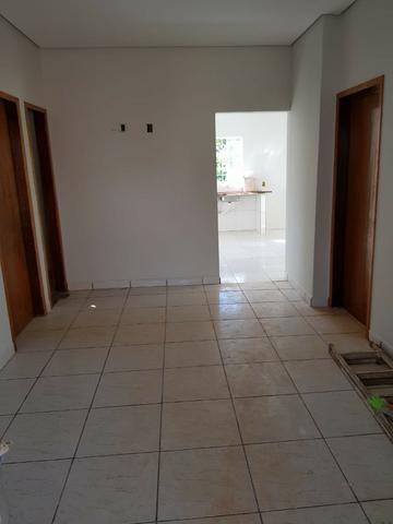Vendo uma casa na arniqueiras bem localizada no conjunto 06 - Foto 4