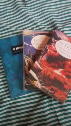 Livro senhor dos anéis 2 e 3 + o hobbit