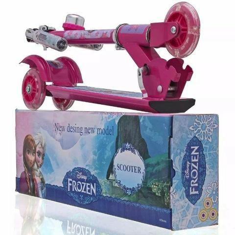 Patinete Infantil Frozen 3 Rodas Com Luzes Rosa Ferro - Foto 2