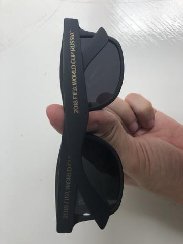 75139389e9060 Óculos de Sol escuros Copa do Mundo Rússia 2018 - Outros itens para ...