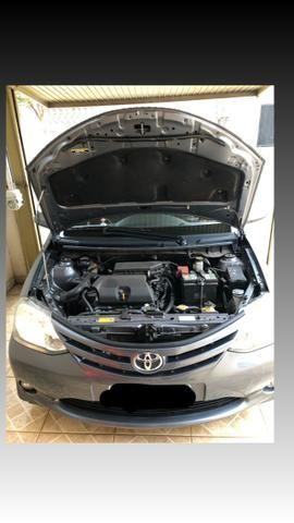 Toyota étios Hatch hb x 2014 1.3 - Foto 6