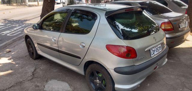 Peugeot 2005   1.6  - Foto 2