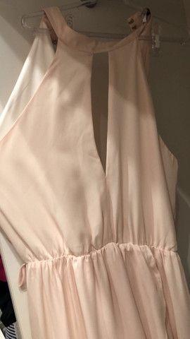 Vestido fluido longo com fenda  - Foto 5