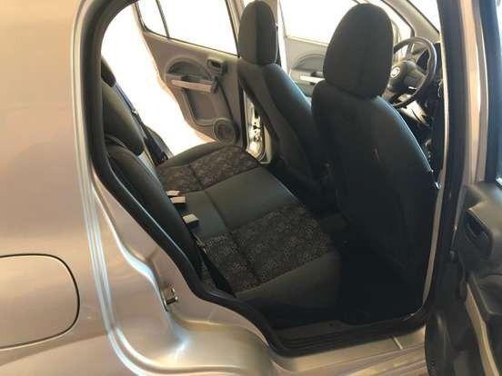 Fiat Uno 1.0 Evo Vivace 8V Flex 4P Manual 2010 - Foto 6
