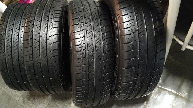 Jogo de pneus Goodyear Assurance 195-60-16 - Foto 5