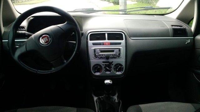 Fiat Punto Attractive 1.4 2012 - Foto 3