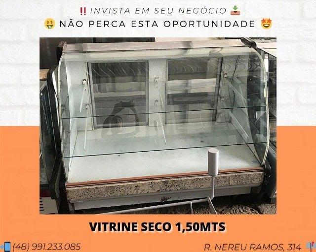 Balcão vitrine seco 1,50M | Matheus