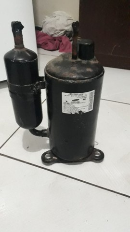 Compressor de 24.000 R22 R$ 150 - Foto 2