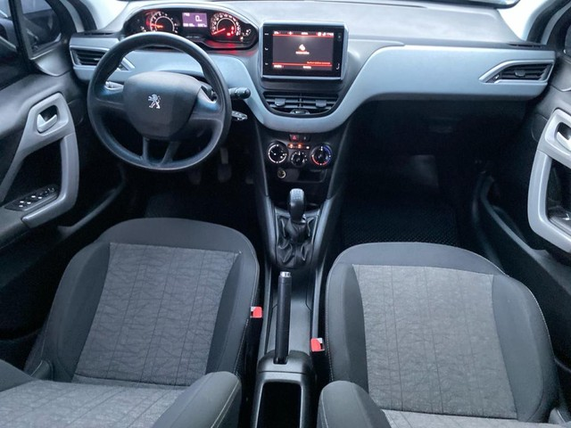 Peugeot 208  - Foto 5
