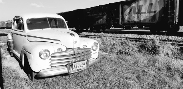 Ford 1946 Super Luxo