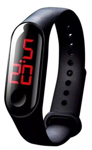 Relóginho de led Valor r$10