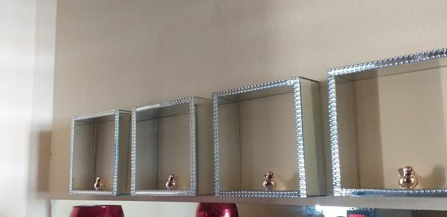 Nichos espelhados lindos decorativos