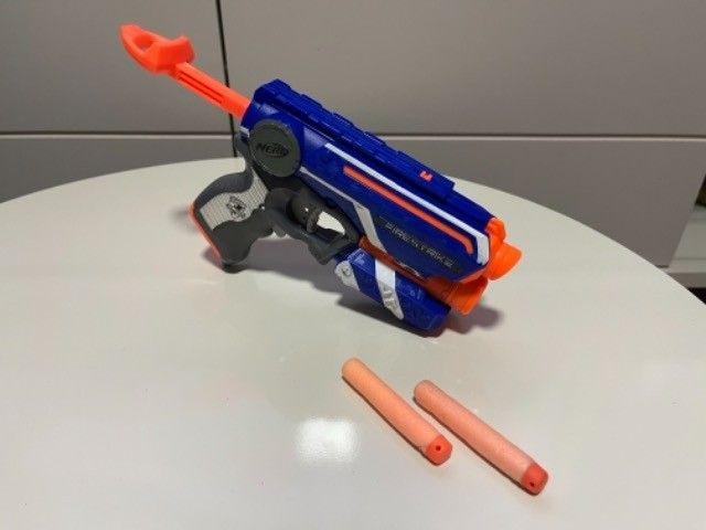 Brinquedo Nerf Firestrike com mira laser - Foto 3