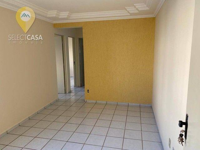 Apartamento 2 quartos em Jardim Limoeiro no Condomínio Parque dos Pinhos I